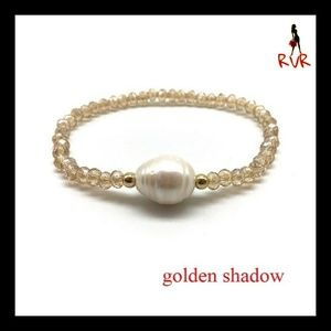 NWT FRESH WATER PEARL CRYSTAL STRETCH BRACELET